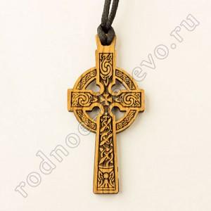 Кельтский крест из дерева